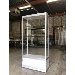 Nieuwe vitrinekast 200 x 100 x 40